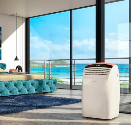 Climatiseur mobile dans un salon
